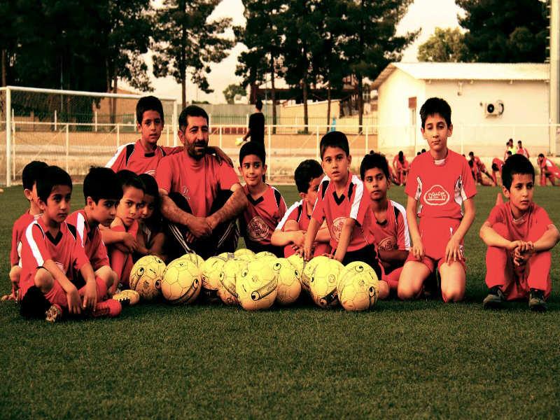 مدرسه فوتبال افشین پیروانی